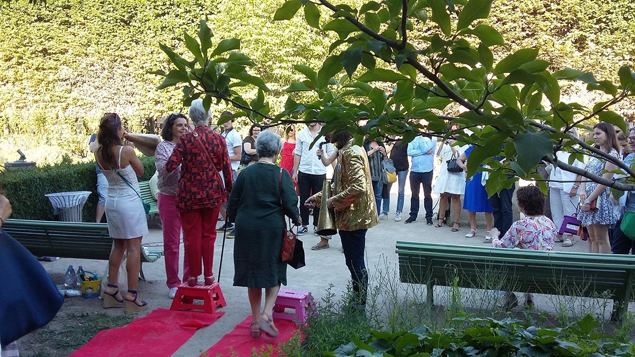L'arrivée des invités et montée de la marche