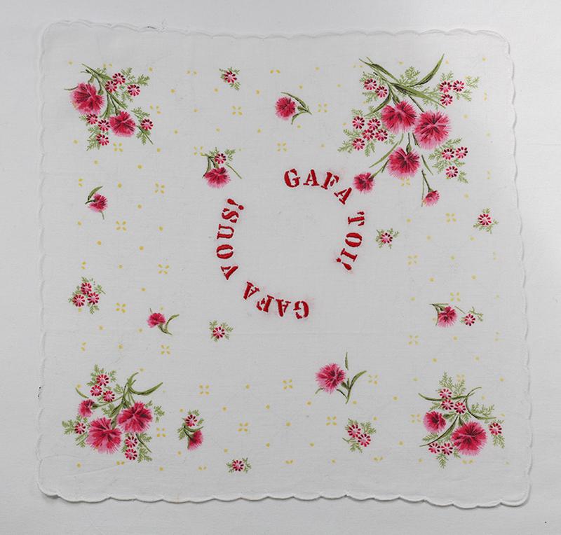 Series GAFA TOI! // Handkerchief Pétillant GAFA TOI! GAFA VOUS!  // Blockchain ID : 1NGrn1PWt4MYeZmBvEokubQTvhew3C25y4