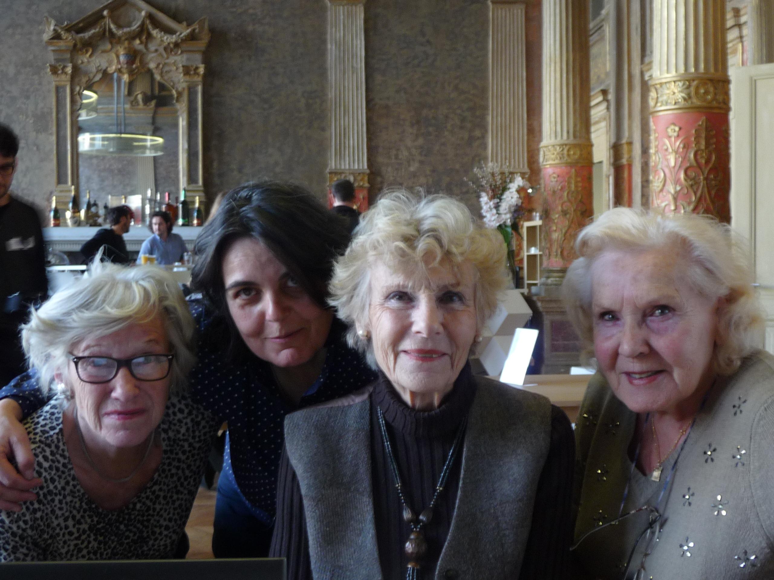 Les dames de Hype(r)Olds ne sont pas que des blondes . Photo : F. Mit